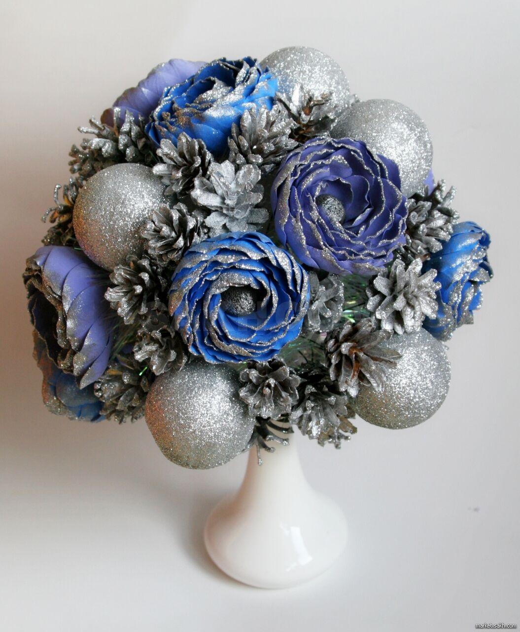 Цветы оптом, новогодний букет снежная королева фото