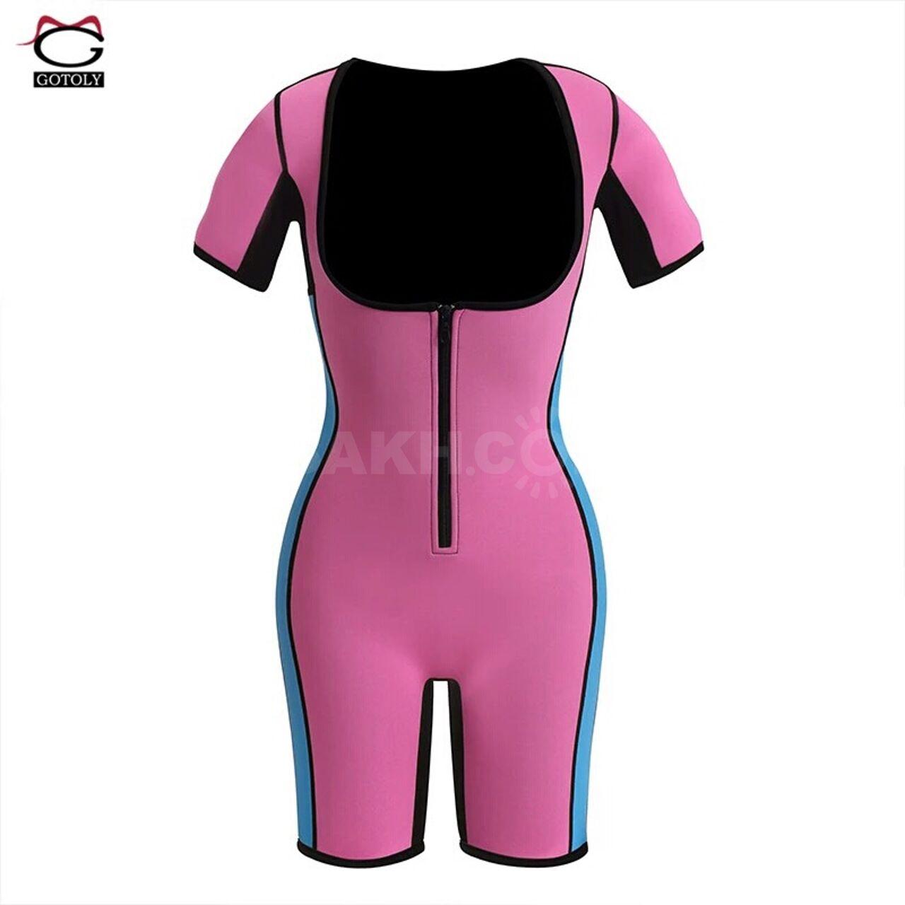 Продам неопреновый костюм,новый,не подошёл по размеру. Размер М(описание в  фото) b92736eb1ae