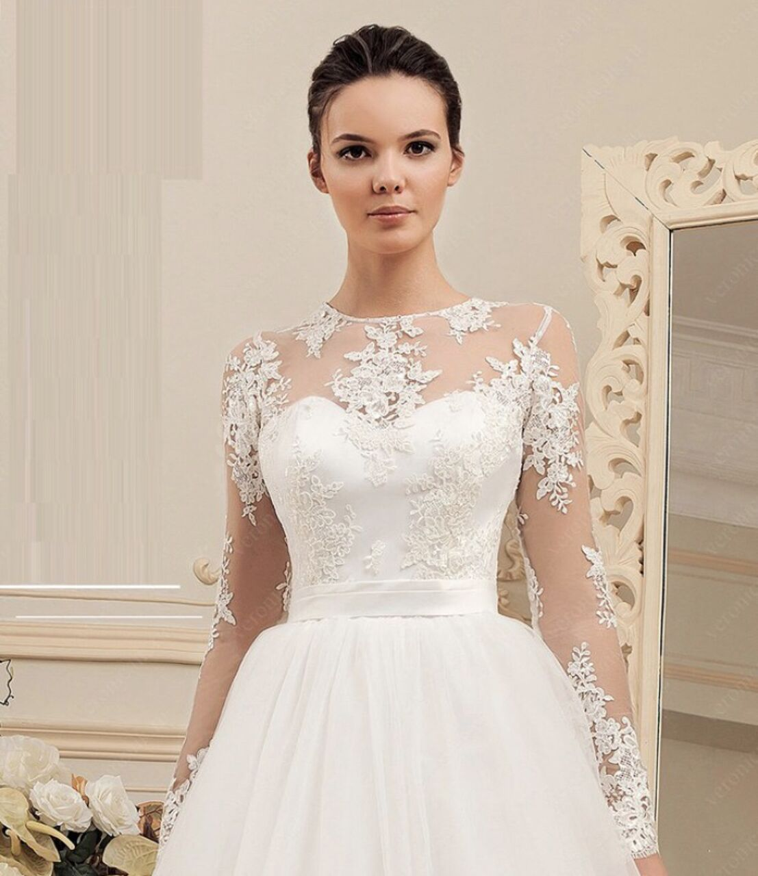 91dd9172f65fc51 Продам свадебное платье размер 44-46. Одевалось один раз на свадебную  фотосессию. В комплекте идёт пояс на талию с камнями.