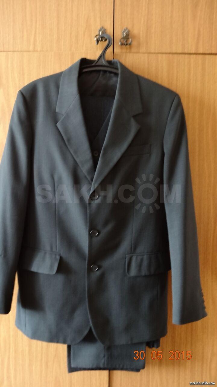 24baf149db1a Костюм мужской темно серого цвета - 1000 руб. Одежда, обувь и ...