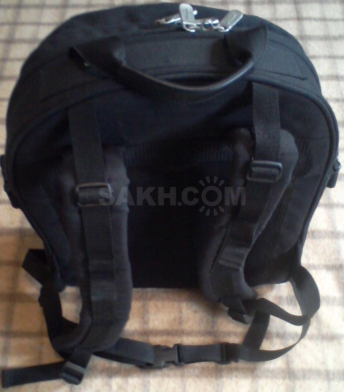 754b4f99bddd Очень удобный крепкий Американский школьный рюкзак.Удобные внутренние  отделения для принадлежностей. Новый.Продам не дорого.