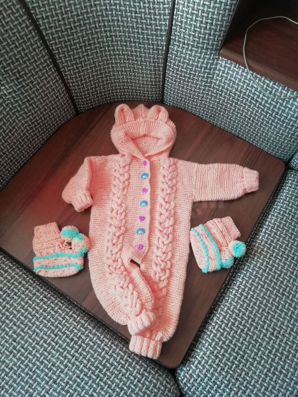 продаётся детский вязаный комбинезон 1500 руб дети и материнство