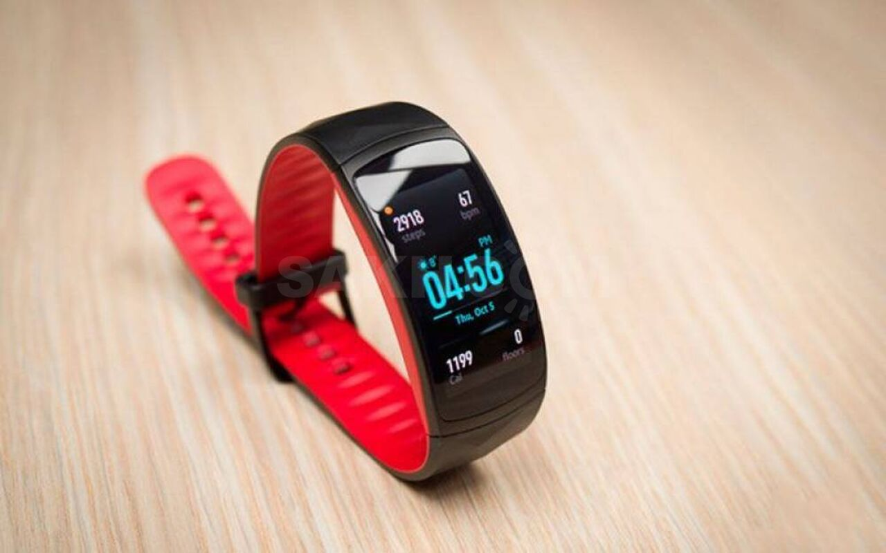 Фитнес-трекер Samsung Gear Fit 2 Pro в Липке