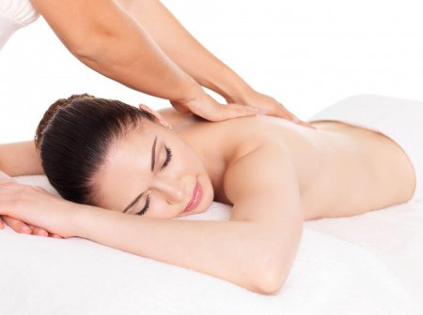Хороший массаж девушке секс тайски массаж