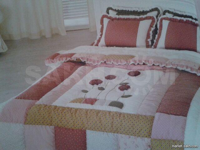 c0e79c5f634c Продаются  одеяла, , подушки, пледы и стёганные простыни. Большой выбор  расцветок и размеров! !Настоящее корейское качество! Дом торговли второй  этаж налево ...