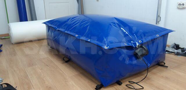 Бокс-сумка на багажник автомобиля .Брезентовые шторы .