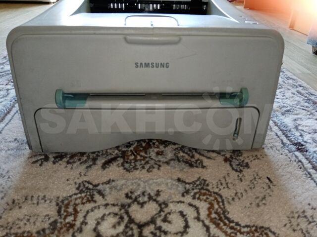 Sumsung Лазерный принтер - 3000 руб. Компьютеры и игры. Принтеры, сканеры, МФУ. Принтеры, сканеры, МФУ в Южно-Сахалинске. Объявления Сахалина