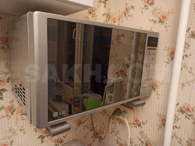 Микроволновая печь - 4000 руб. Бытовая техника. Микроволновые печи. Микроволновые печи в Шахтерске. Объявления Сахалина