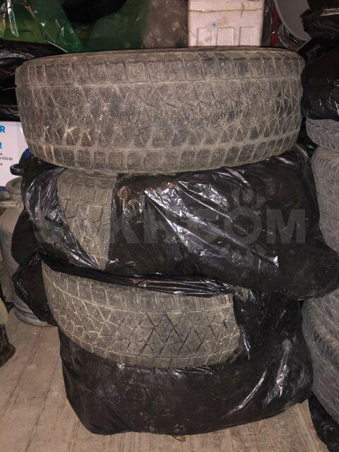 Резина Bridgestone blizzard DM-2 , размер:235/65/18