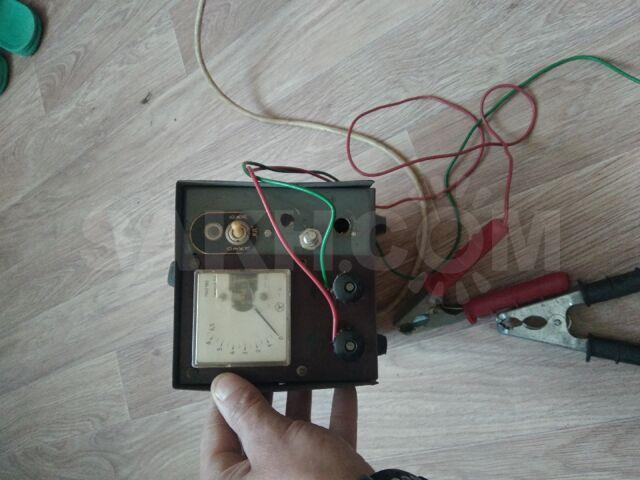 Зарядное устройство для аккумулятора.