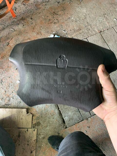 Подушка на руль Toyota crown majesta 140 кузов