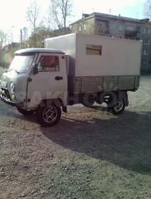 Оказываю услуги грузовой машины.