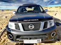 Nissan Pathfinder, 2011