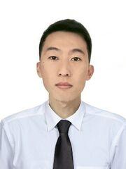 Ученик, начинающий специалист, офисный работник