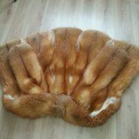 Прекрасная шуба из красной лисы