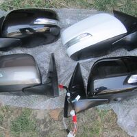 продам на ленд 200 зеркала 2013год с подогревом и поворотник