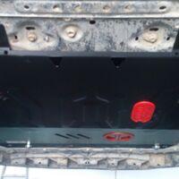 Стальная защита картера двигателя