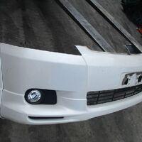 Бампер передний белого цвет 070 T. Wish 2003-2005гг