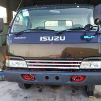грузовики в разбор ELF 2002г куз NPR66L