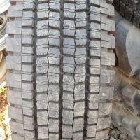AлексШина предлагает 11 R22,5 -  5шт. Dunlop SP001