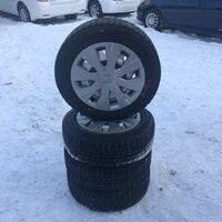 Зимняя резина 175/65R15 Dunlop WinterMaxx на железных дисках
