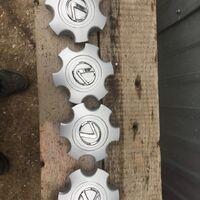 Комплект крышек от оригинальных дисков Комплект крышек на Lexus