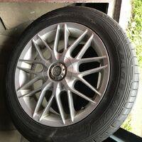 Продаётся комплект колёс 215/55/16