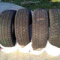 Четыре шины dunlop winter maxx sj8 R18