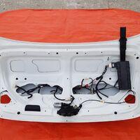 Крышка багажника в сборе Crown Athlete G grs204. Цвет 062 перл