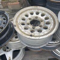 R15 (6-139.7) пара литых дисков