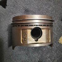 Продам поршень с кольцами хр250