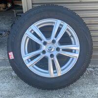 Диски с резиной 215/60/16 Bridgestone