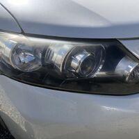 Полировка оптики на автомобиле