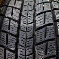 Шины 215/65/16 Dunlop Winter Maxx SJ8, износ 5%. Без пробега по РФ