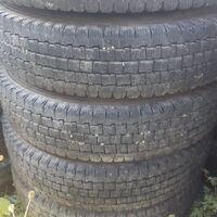 Комплект грузовых шин. Bridgestone blizzak w969