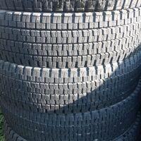 Комплект грузовых шин. Dunlop sp001 7.50r16