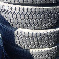 Комплект грузовых шин. Dunlop sp055 7.50 r16 без дисков