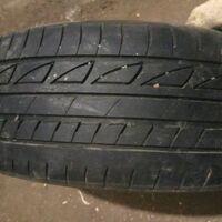 Продам 2 баллона Bridgestone 175x60x14