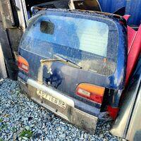 Дверь багажника низкая крыша Delica PE8w/ 1998г.