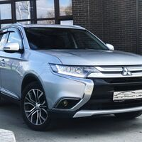 Автопрокат Light (Mitsubishi Outlander 2016г.)