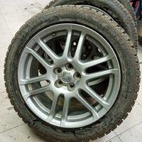 Комплект колёс на 17 с хорошей зимней шипованной резиной