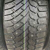 255/55R18 новые шипованные шины Gislaved Nord Frost 200