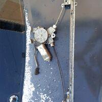 стеклоподъёмник на ниссан дизель