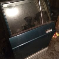 Продам двери Safari Y60-левая сторона