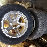 колёса в сборе. 5*139,7   235/60/16 всесезонная резина.