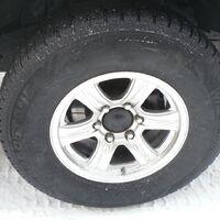 продам колеса с сурфа  2001 год 265/70R16