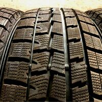 Шины 205/70/15 Dunlop Winter Maxx WM01, износ 1%, как новые. Japan