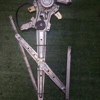 Стекло подъёмники дверей Delica PE8W/PD6w/PF8w/PE6w