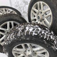 Отличный комплект шипованных колес