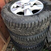Шипованный комплект колес с оригинальными дисками